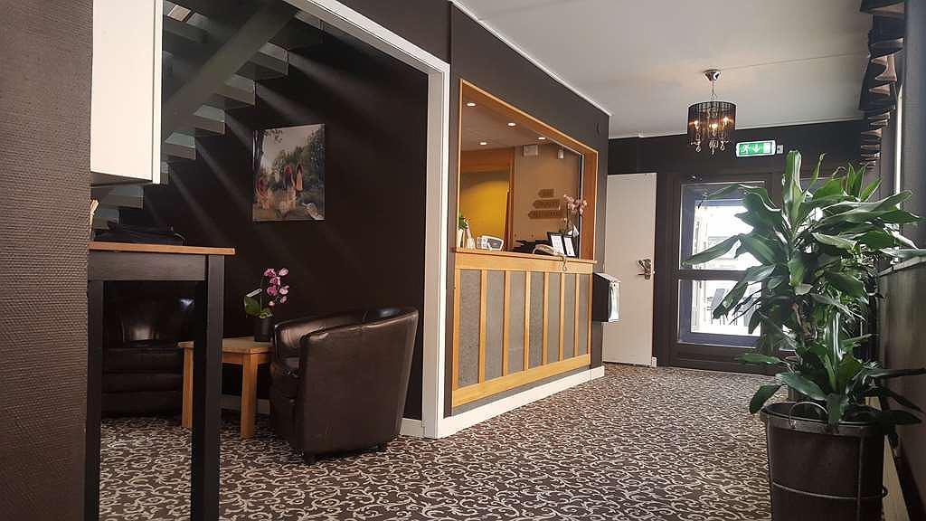 Sure Hotel by Best Western Algen - Vue du lobby