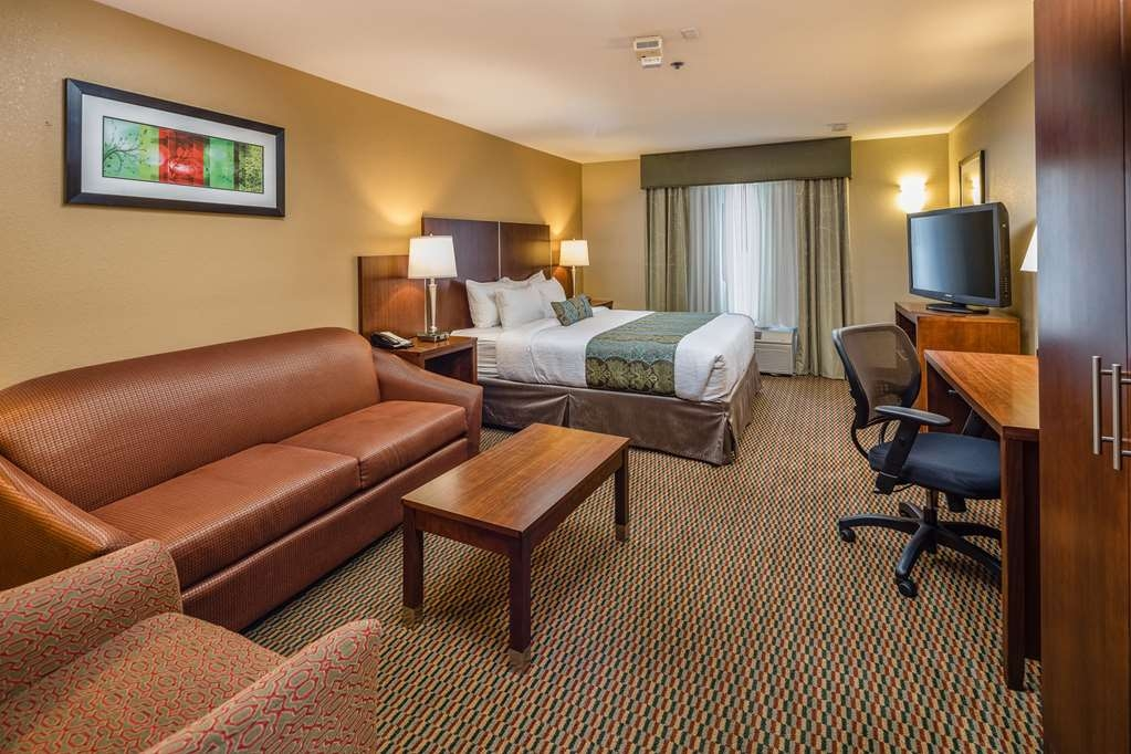 Best Western Plus Airport Inn & Suites - Enhance your stay at the BEST WESTERN PLUS Airport Inn & Suites with a stay in our king suite.