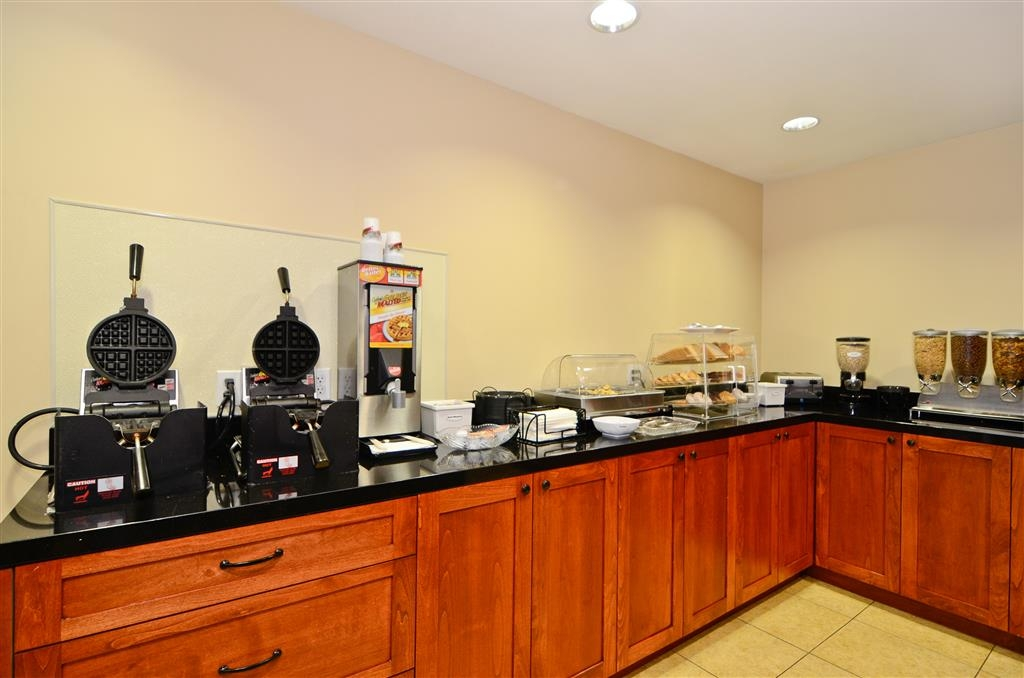 Best Western Mission Bay - Prima colazione a buffet