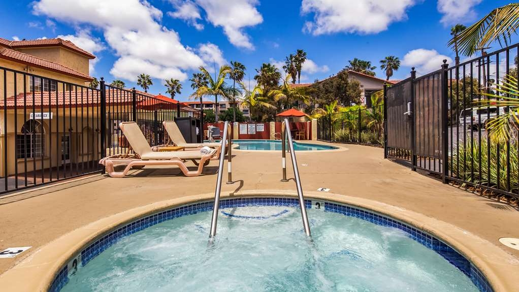 Best Western Mission Bay - Vista de la piscina