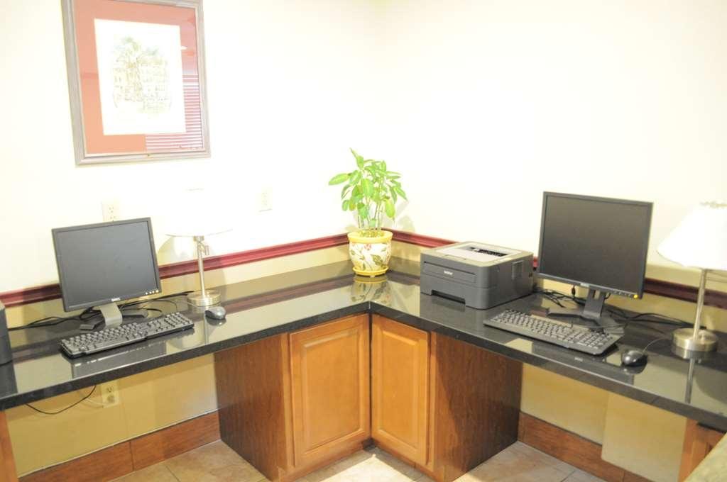Best Western Plus John Jay Inn & Suites - Business center