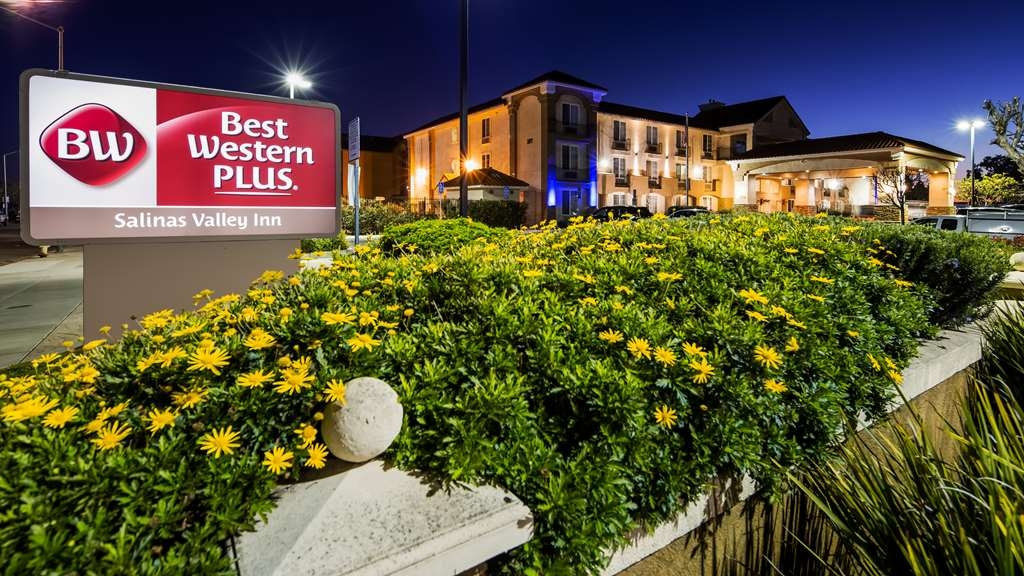 Best Western Plus Salinas Valley Inn & Suites - Hotel Exterior