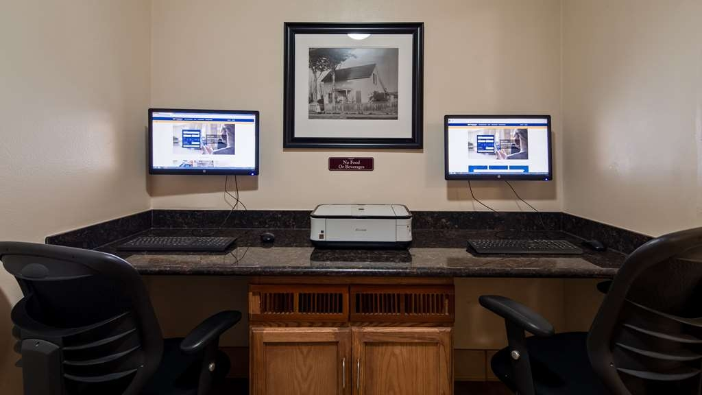 Best Western Plus Salinas Valley Inn & Suites - Keep up with work in our Business Center