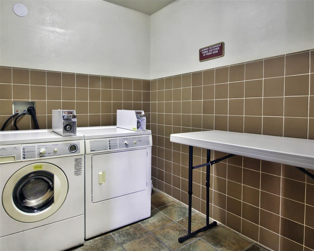 Best Western Plus Salinas Valley Inn & Suites - For your convenience, we offer Guest Laundry facilities