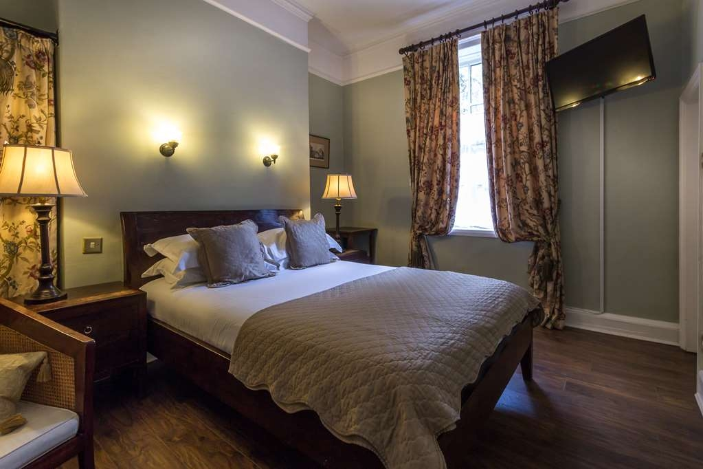Lamb & Lion Hotel, Sure Hotel Collection by Best Western - lamb and lion inn bedrooms