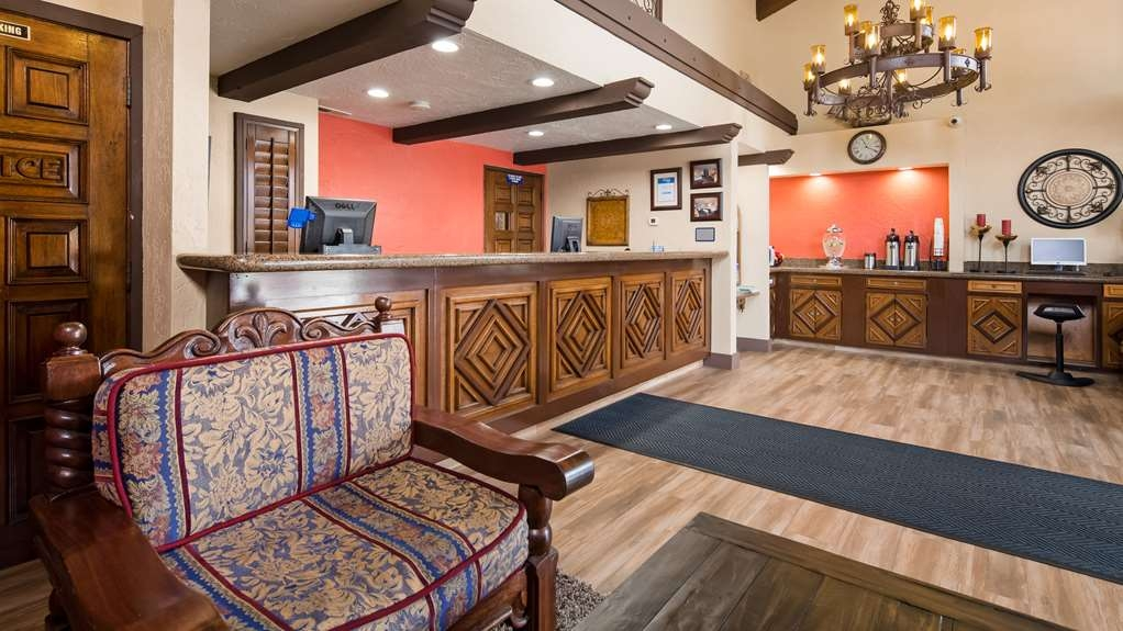 Best Western Americana Inn - Hall