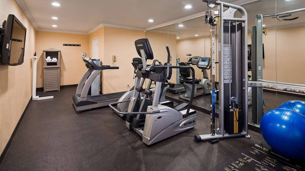Best Western Americana Inn - Fitness Center