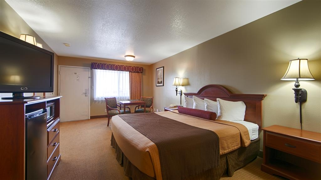Best Western Desert Winds - Single King Guest Room