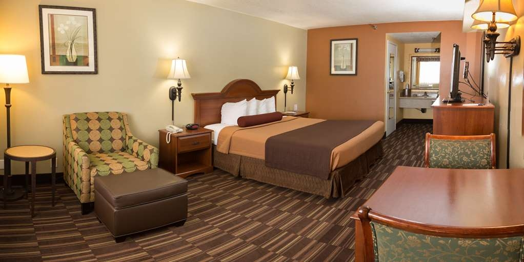 Best Western Desert Winds - King Guest Room