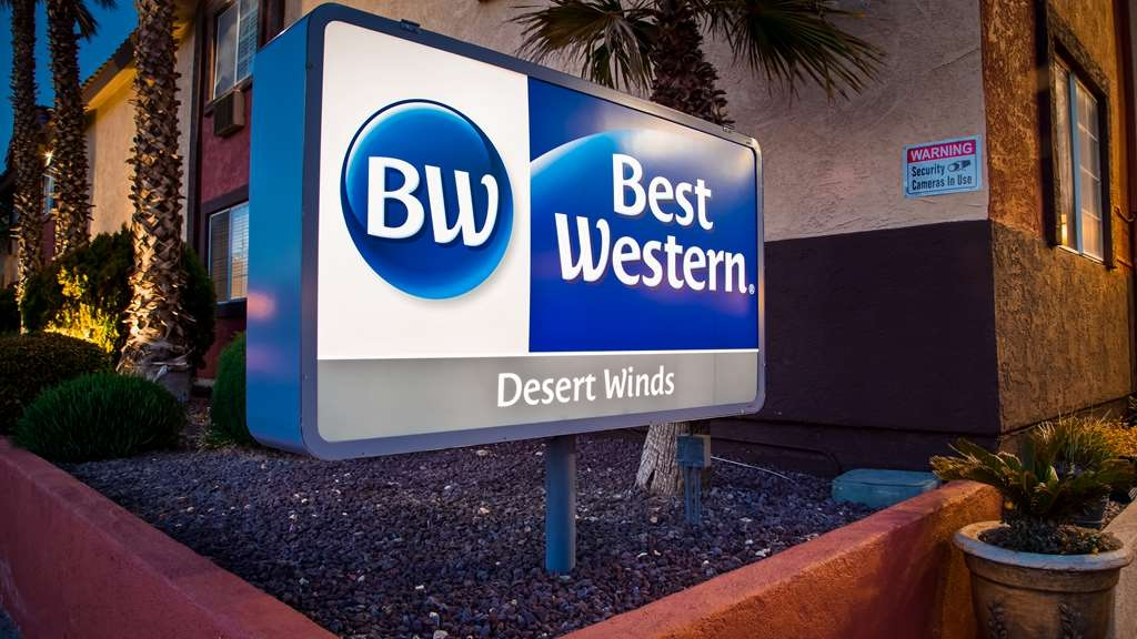 Best Western Desert Winds - Hotel Exterior
