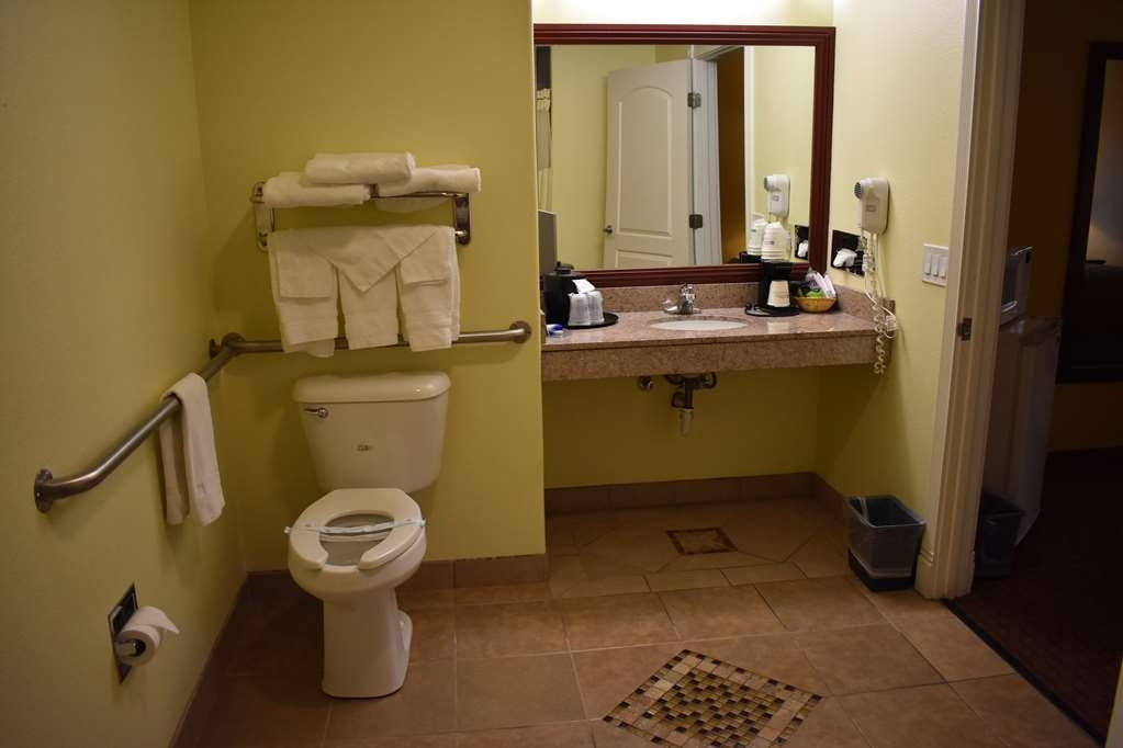 Best Western Big Country Inn - For your convenience, we offer ADA Mobility accessible guest rooms and bathrooms