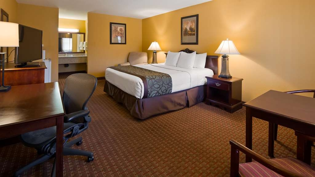 Best Western Big Country Inn - Guest Room