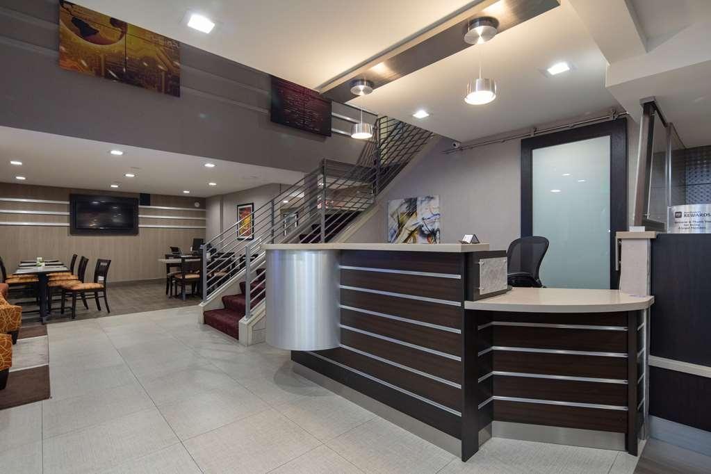 Best Western Silicon Valley Inn - Front Desk