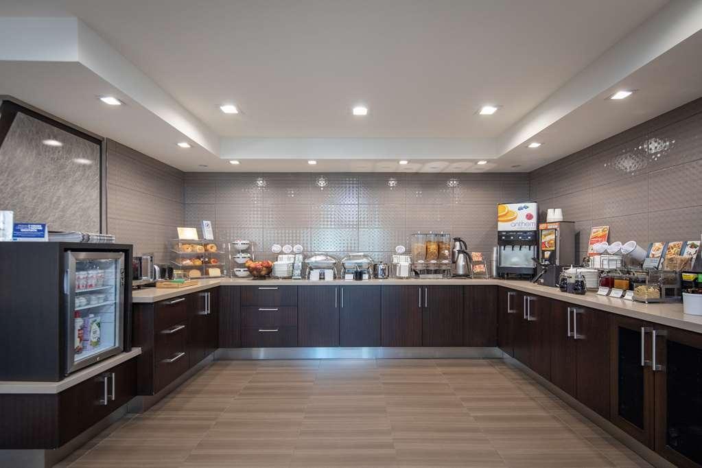Best Western Silicon Valley Inn - Guest Breakfast