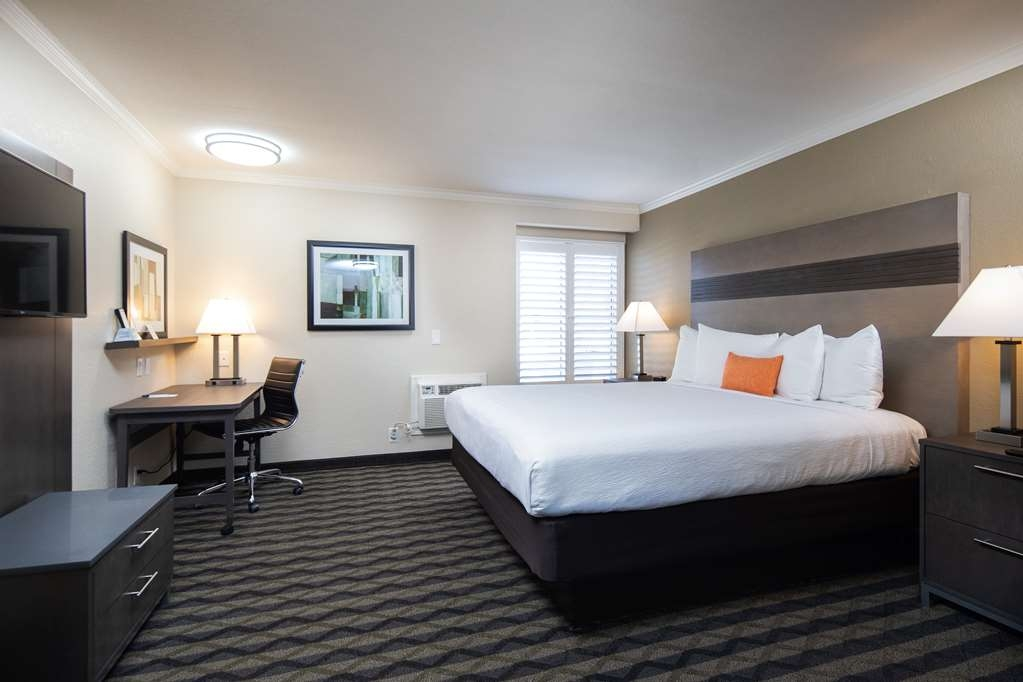 Best Western Silicon Valley Inn - One King Business Room