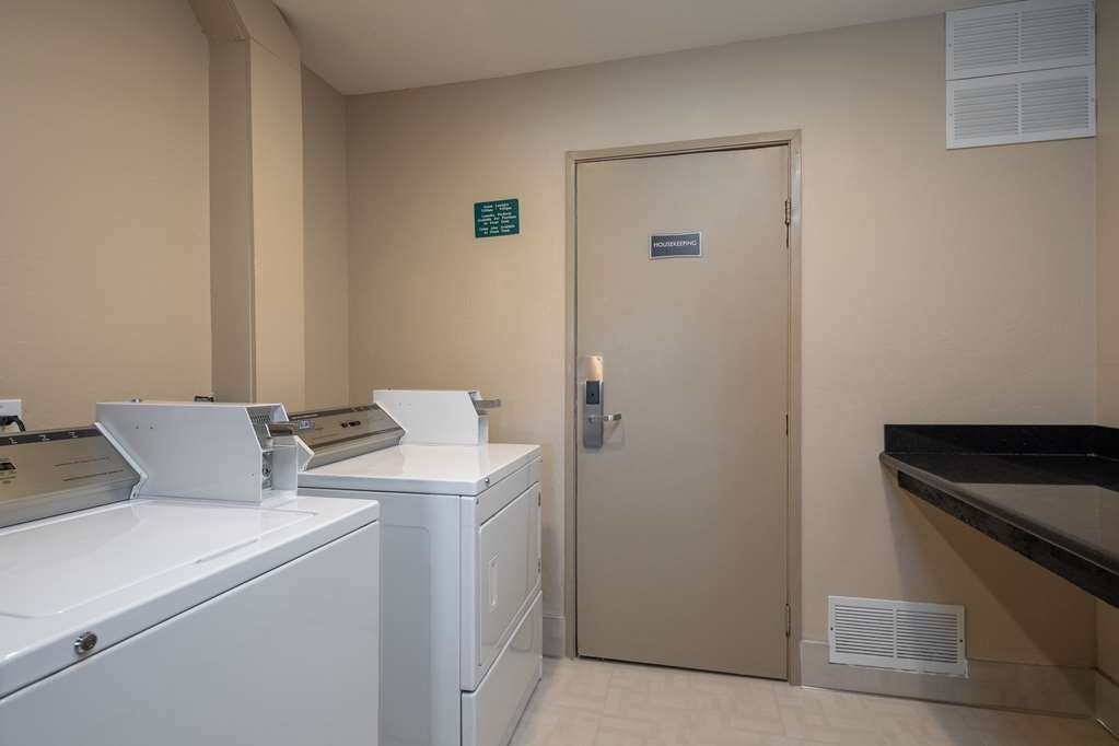 Best Western Silicon Valley Inn - Guest Laundry
