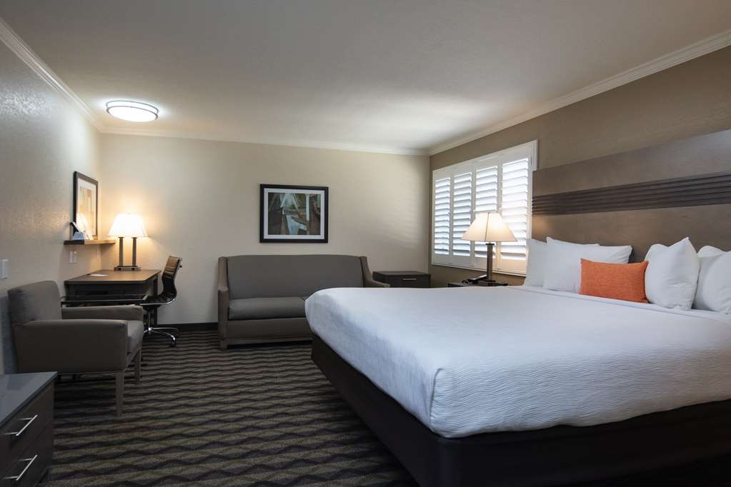 Best Western Silicon Valley Inn - One King with Sofa