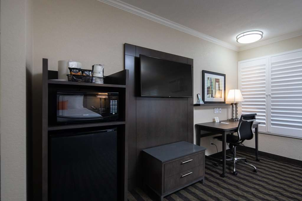 Best Western Silicon Valley Inn - Two Queen Business Room