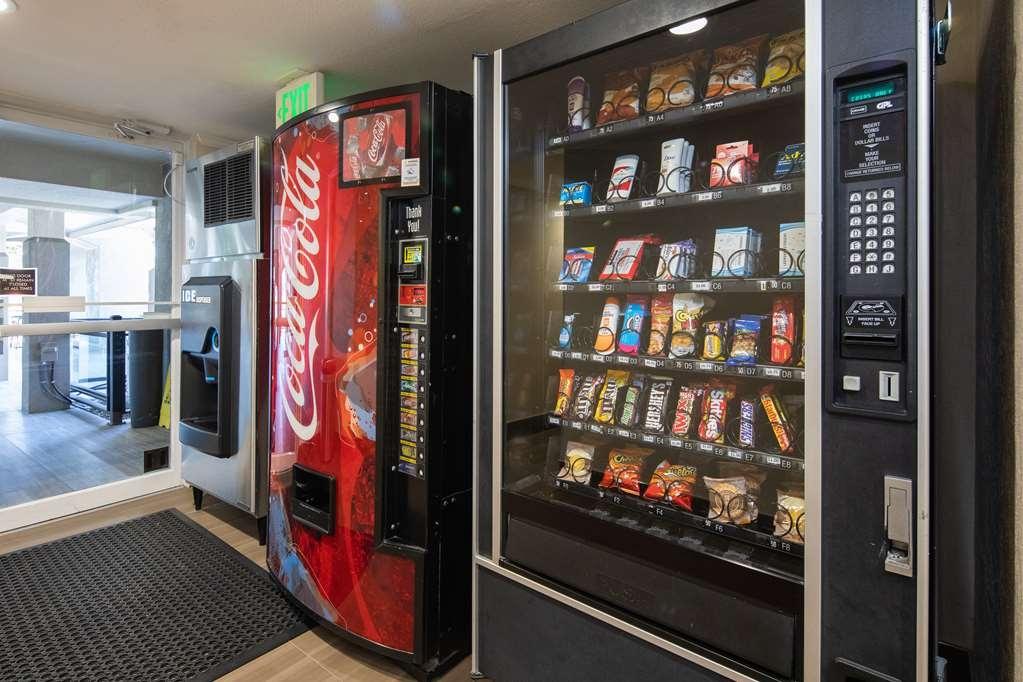 Best Western Silicon Valley Inn - Vending Machines