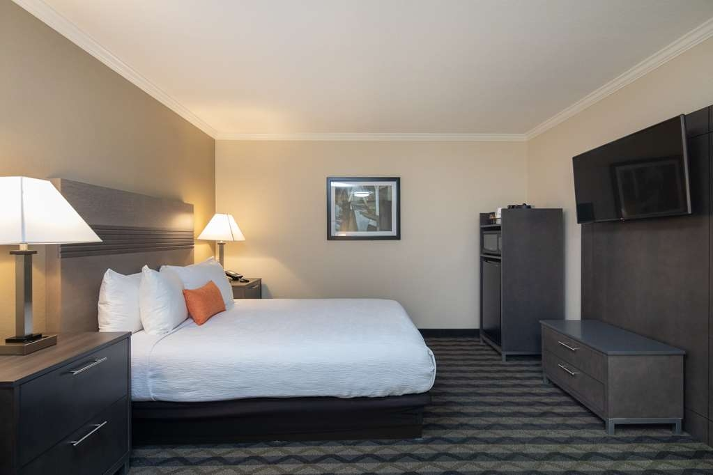 Best Western Silicon Valley Inn - Two Queen ADA Room