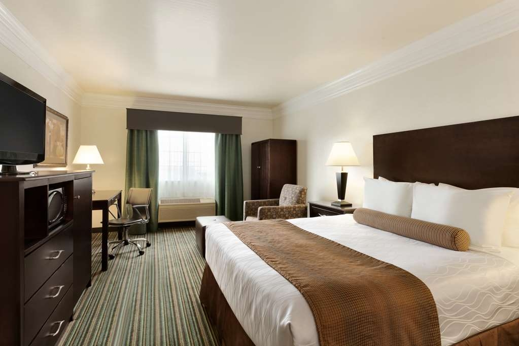 Best Western Liberty Inn - Accessible Guest Room