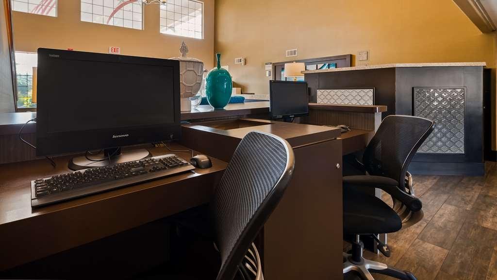 Best Western Liberty Inn - Business Center