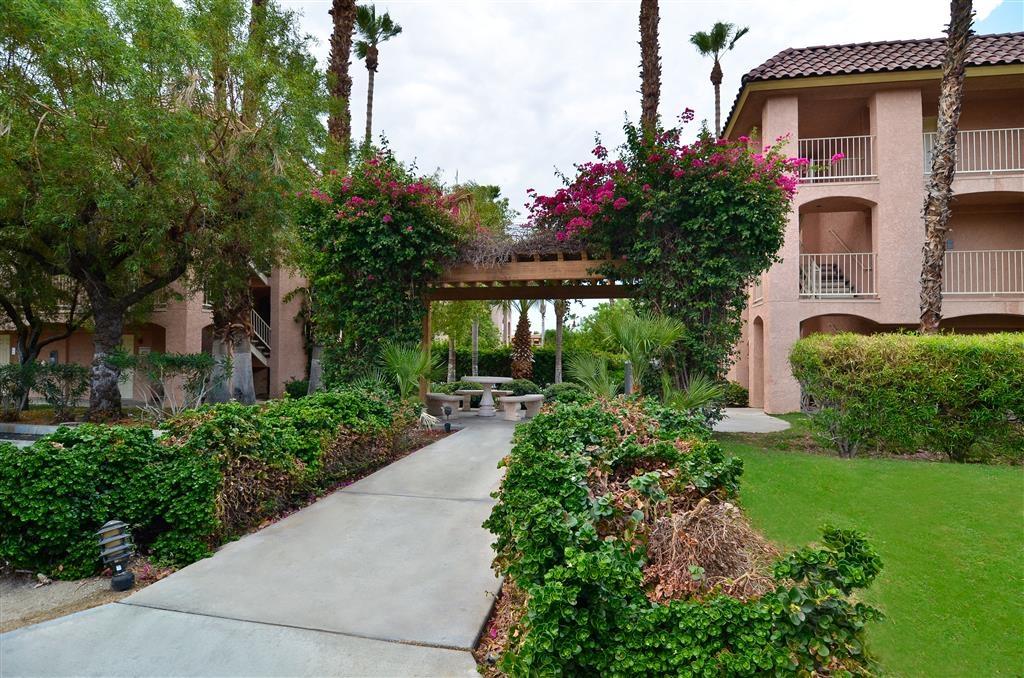 Best Western Plus Palm Desert Resort - Extérieur de l'hôtel