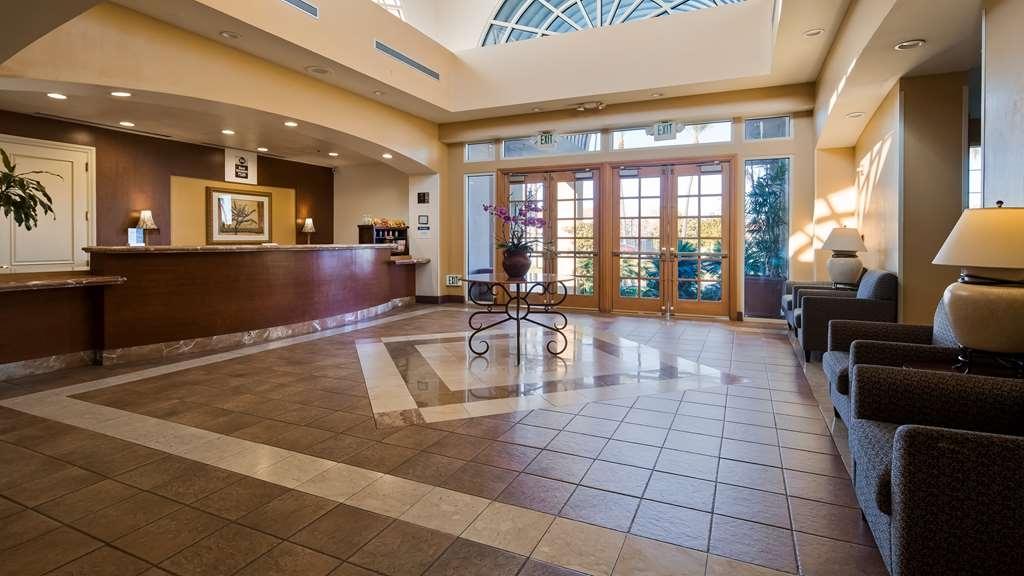 Best Western Plus Palm Desert Resort - Vue du lobby
