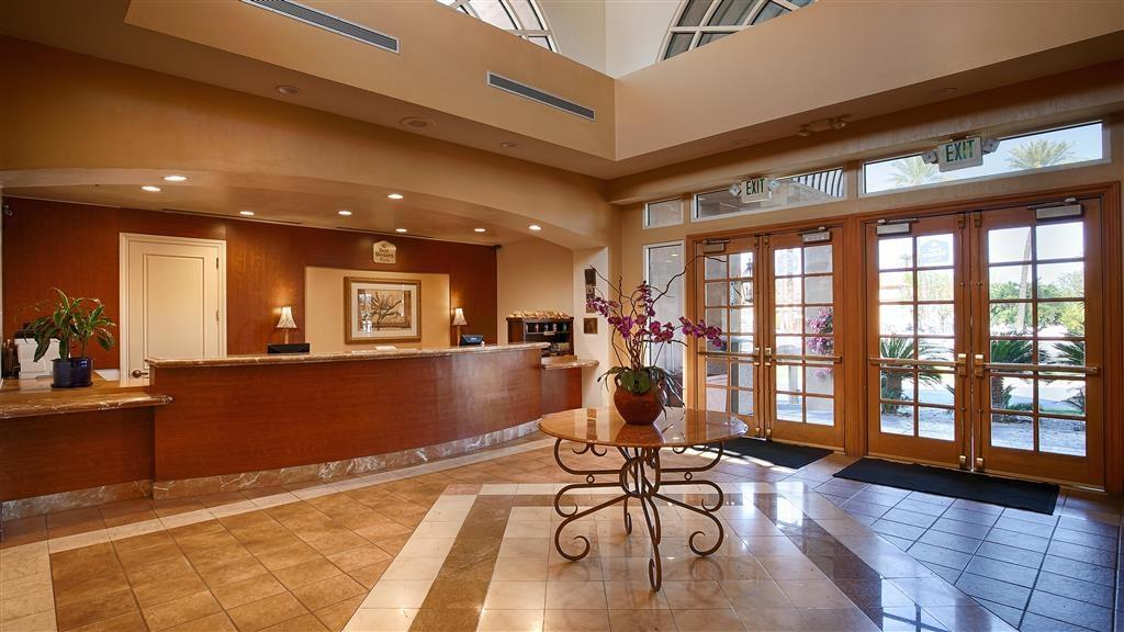 Best Western Plus Palm Desert Resort - Réception