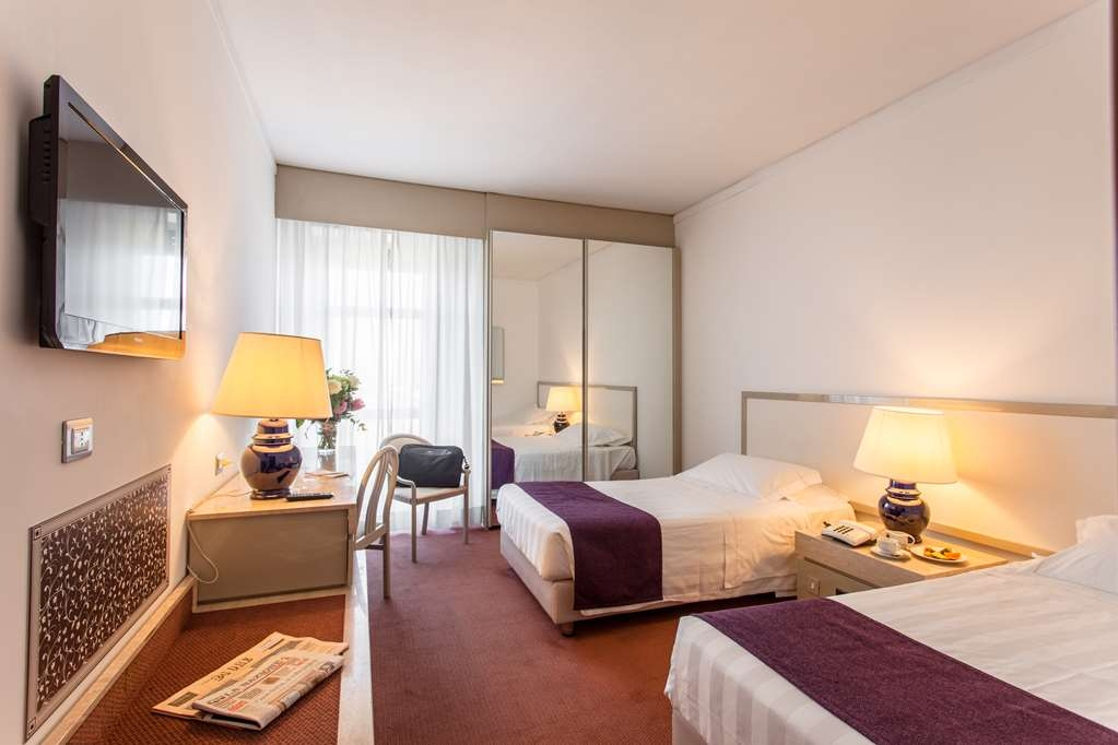 Etrusco, Sure Hotel Collection by Best Western - Standard Room with Two Twin Size Beds