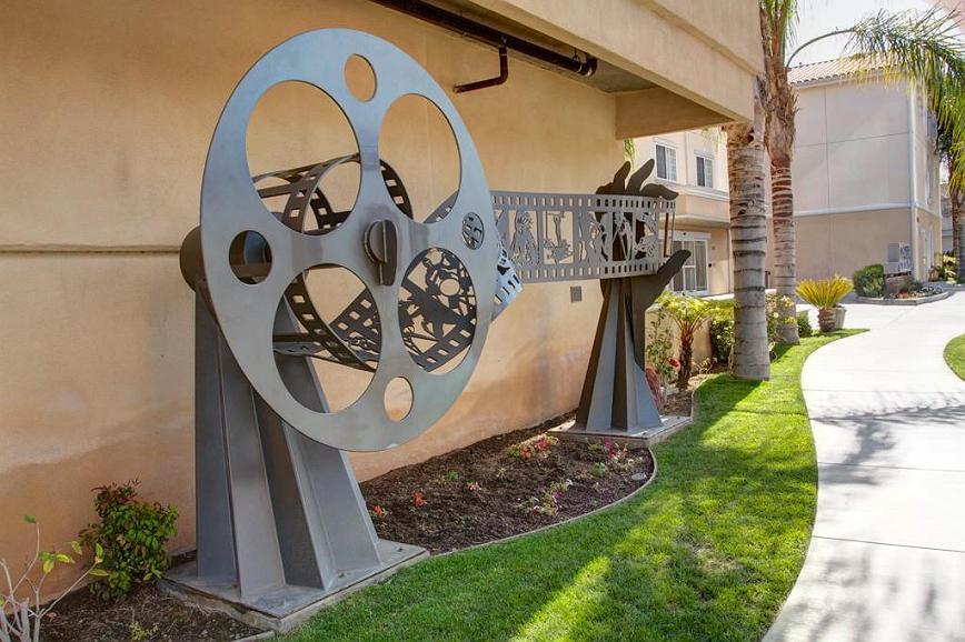 Best Western Plus Media Center Inn & Suites - Außenansicht des Hotels