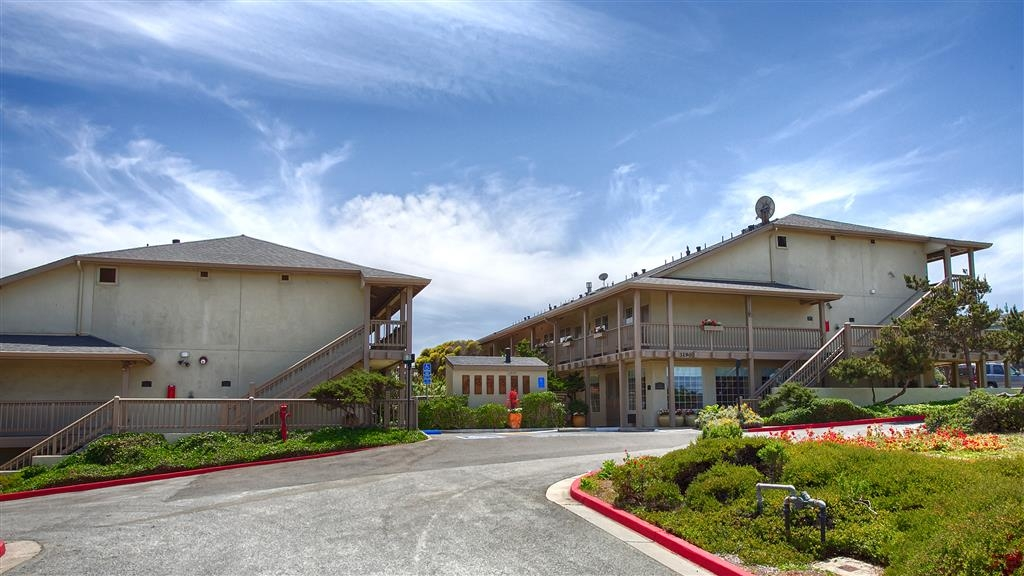 Best Western Beach Dunes Inn - Vista Exterior