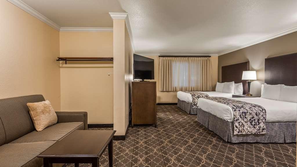 Best Western Danville Sycamore Inn - Suite