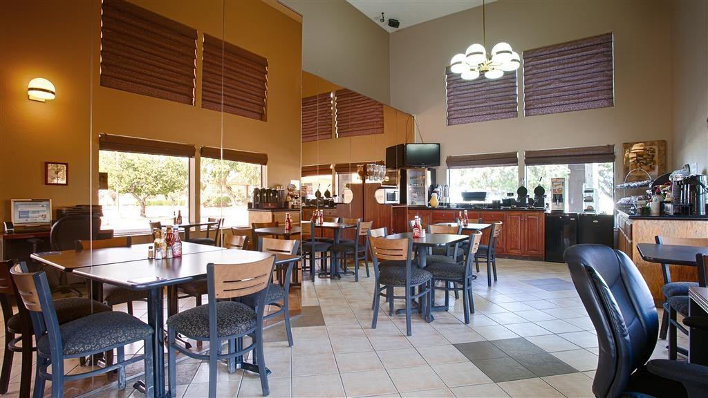 Best Western Apricot Inn - Restaurante/Comedor