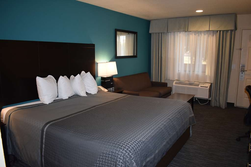 Best Western Apricot Inn - Guest Room