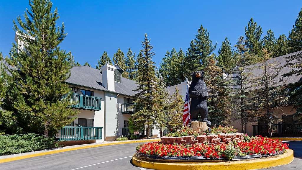 Best Western Big Bear Chateau - Aussenansicht