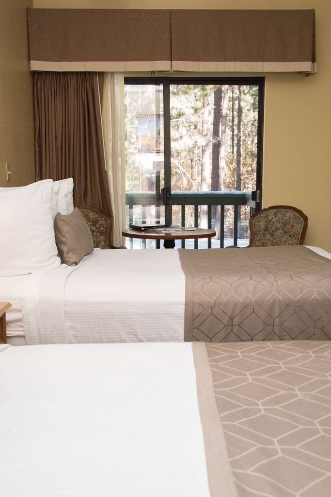 Best Western Big Bear Chateau - Two Double Guest Room with Fireplace and Balcony