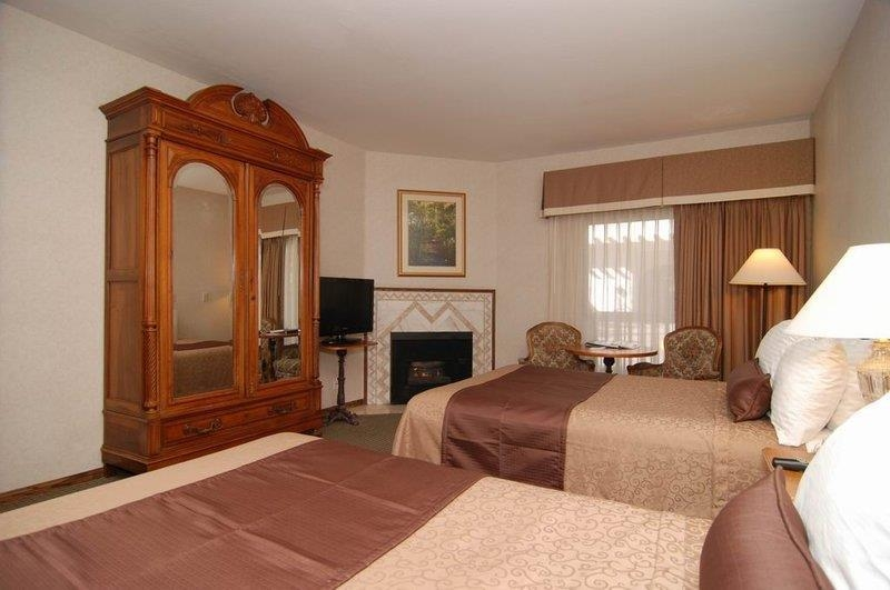 Best Western Big Bear Chateau - Our room with 2 double beds and a fireplace.