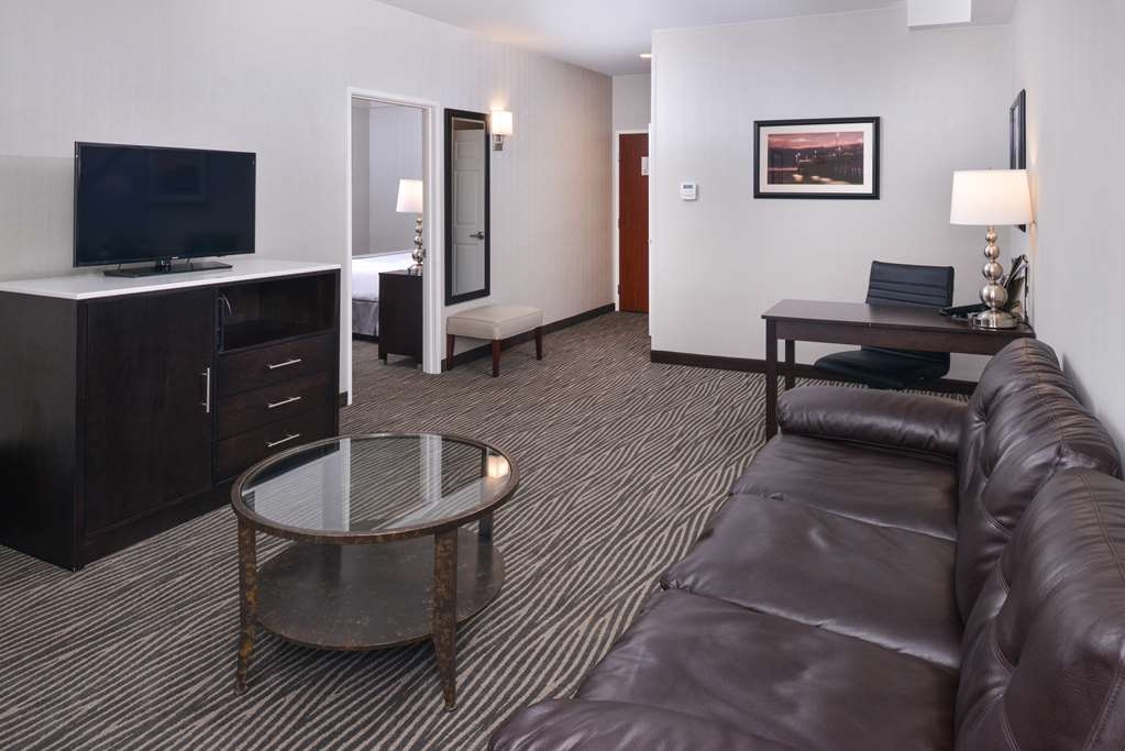 Best Western Plus Hotel at the Convention Center - King Suite Living Room Area