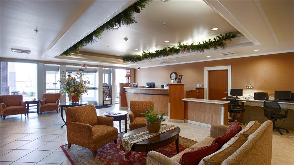Best Western Plus Country Park Hotel - Vista del vestíbulo