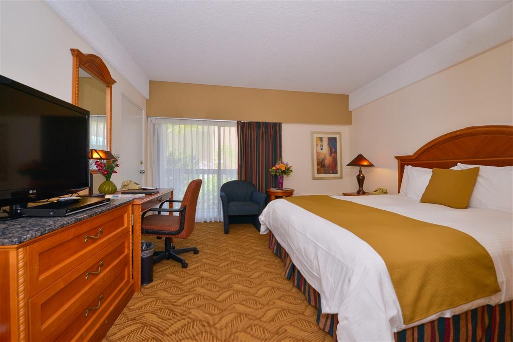 Best Western Plus Thousand Oaks Inn - Chambres / Logements