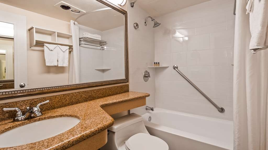 Best Western Plus Thousand Oaks Inn - Habitaciones/Alojamientos