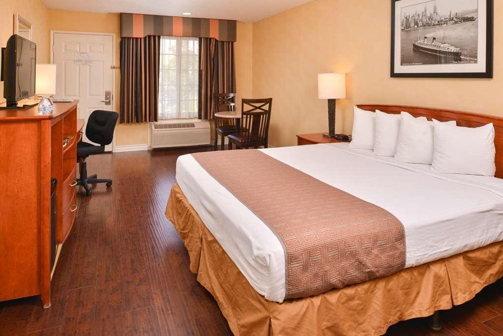 Best Western Palm Garden Inn - King