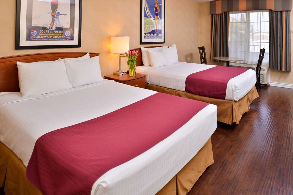 Best Western Palm Garden Inn - Welcome to the Best Western Palm Garden Inn. We hope you enjoy your stay in this Double Queen guest room!