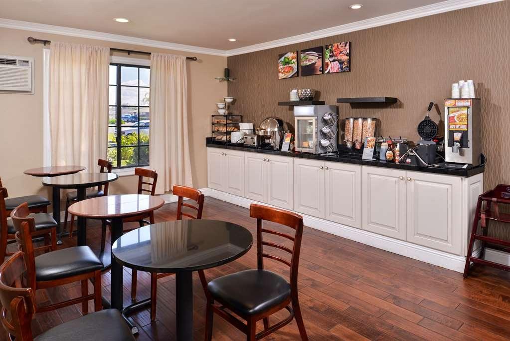 Best Western Palm Garden Inn - Breakfast Room