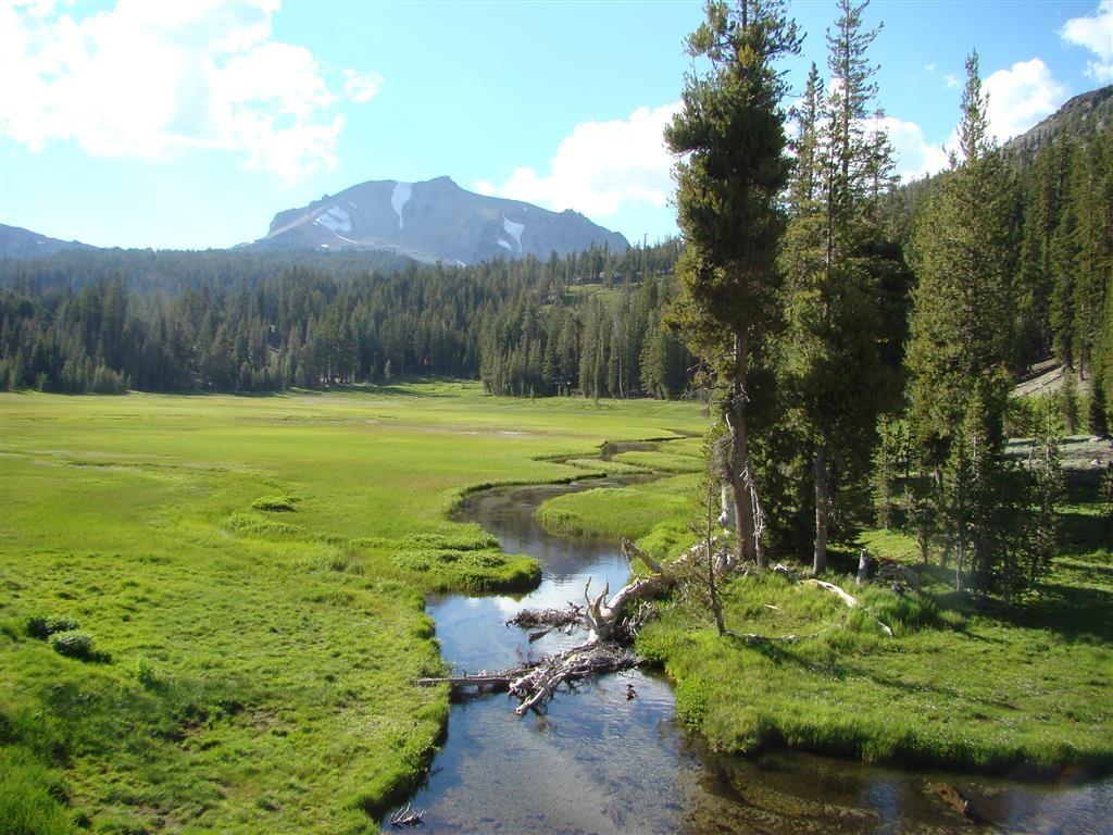 Best Western Rose Quartz Inn - Take a trip to Lassen Volcanic National Park