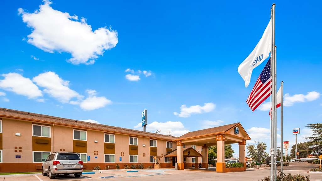 Best Western Antelope Inn & Suites - Exterior view