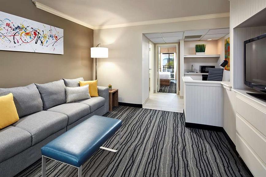 Hotel In Simi Valley Best Western Posada Royale Hotel Suites