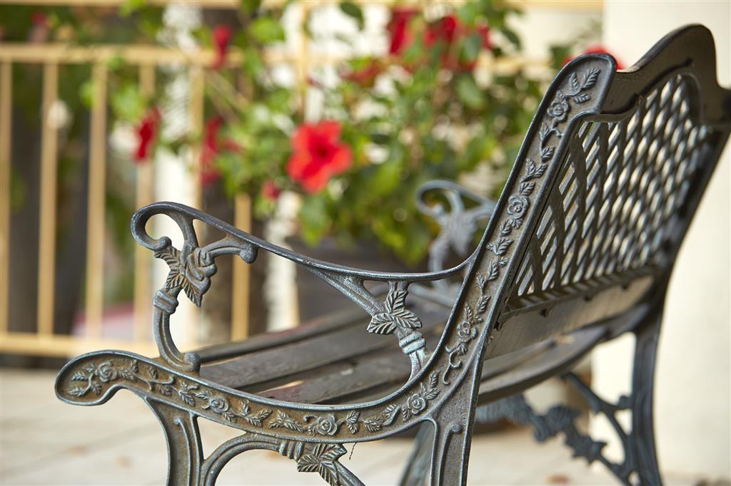 Best Western Posada Royale Hotel & Suites - Patio del hotel
