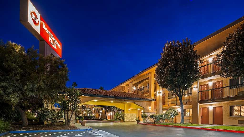 Best Western Plus Pleasanton Inn - Aussenansicht